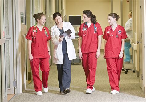 colleges that offer nursing top colleges that offer clinical nursing program