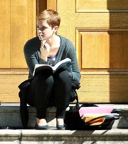 emma watson reading don t know much about emma watson watson watcher