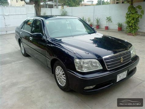 Toyota Crown For Sale Used Toyota Crown 3 0 Royal Saloon Premium Edition 2003