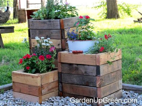 Wooden Garden Planters Ideas 25 Best Ideas About Wood Pallet Planters On Pallet Planters Wooden Flower Boxes