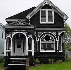 Decorating Historic Homes Best 20 Old Victorian Homes Ideas On Pinterest Old
