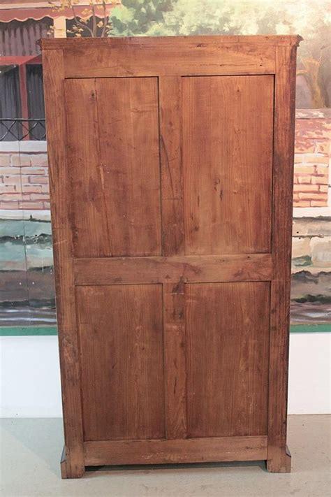 cassetti legno cassetto dei cassetti in legno antiquites lecomte
