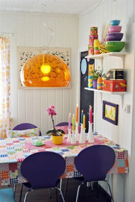 ruhige farben für schlafzimmer wohnzimmer ideen weiss braun