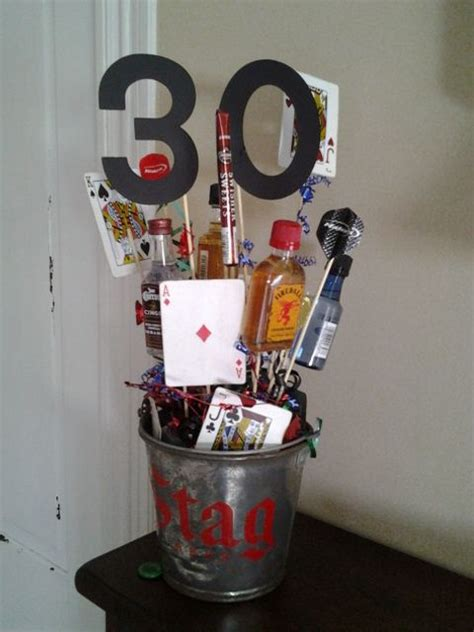 centerpiece for 30th birthday for men party decoration