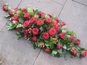 Spray Of Flowers For Funerals - casket sprays and crosses sympathy and funeral flowers