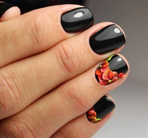 decorazione unghie fiori 1001 idee per unghie gel nere idee manicure da copiare