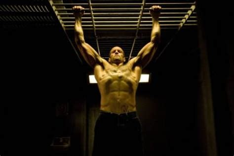 jason statham bench press jason statham workout routine workoutinfoguru