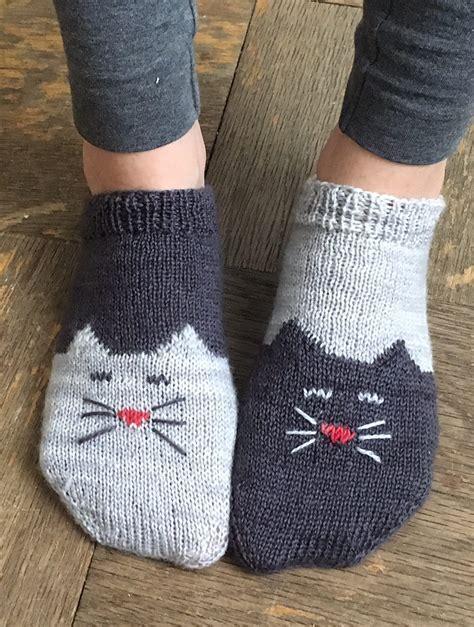 free pattern socks toe up free knitting pattern for yinyang kitty socks toe up