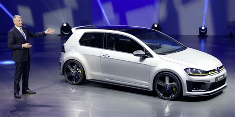 Vw R 400 by Vw Golf R 400 Clio Rs Concept