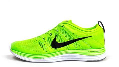 Sepatu Nike Running Original Terbaru daftar harga sepatu running nike terbaru 2017 harga