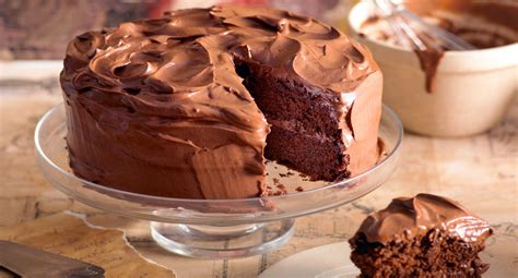 chocolate buttercream cake better homes and gardens