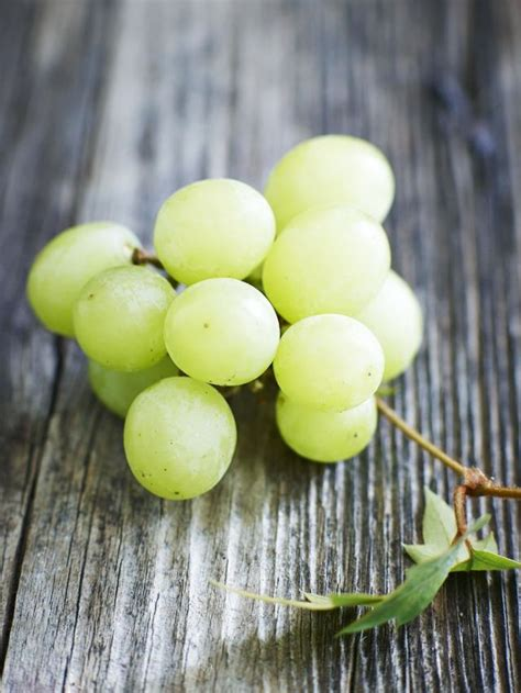 Grapes Detox by The Skin Clearing Cleanse Swear By Byrdie Uk