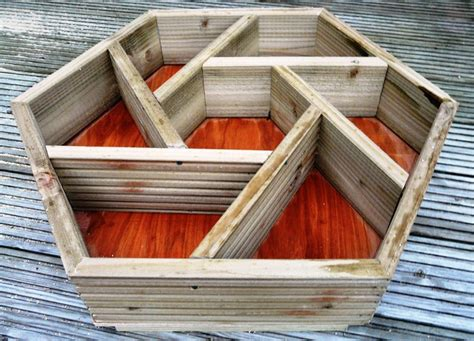 Wooden Herb Wheel Planter by Hexagonal Herb Box Idea Gardening Ideas