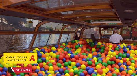 scheepvaart museumnacht ultiem jeugdsentiment zwemmen in ballenbakboot