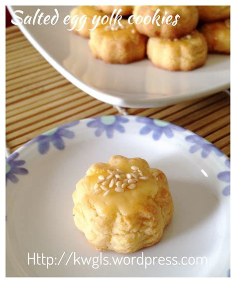 new year salted egg cookies salted egg yolk cookies 蛋黄酥饼 guai shu shu