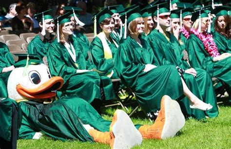 Of Oregon Mba Tuition by Graduation From Scholar To Squalor