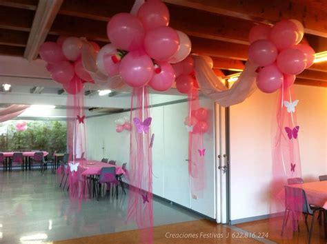 adorno de quince en mariposa 15 a 241 os rosados con tela globos y mariposas decoraci 243 n