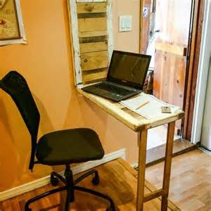 diy fold out desk diy pallet space saver computer desk 101 pallets