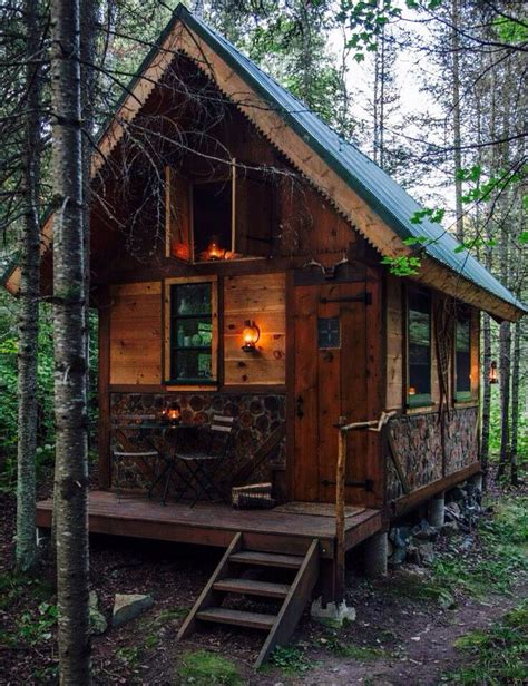 small cabin homes 25 best ideas about small cabins on pinterest tiny