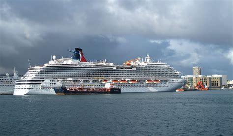 el crucero de los file fotos del crucero carnival breeze en el puerto de la luz y de las palmas en gran canaria