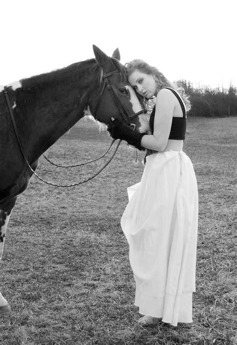 Horse Fashion | Adventures of Cisco Kid