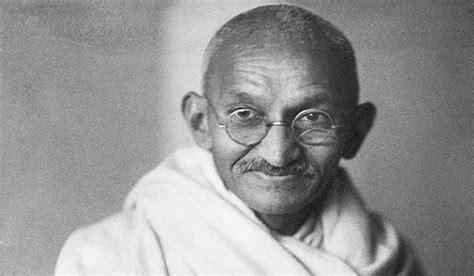 mahatma gandhi biography in hindi com मह त म ग ध क ज वन mahatma gandhi biography in hindi