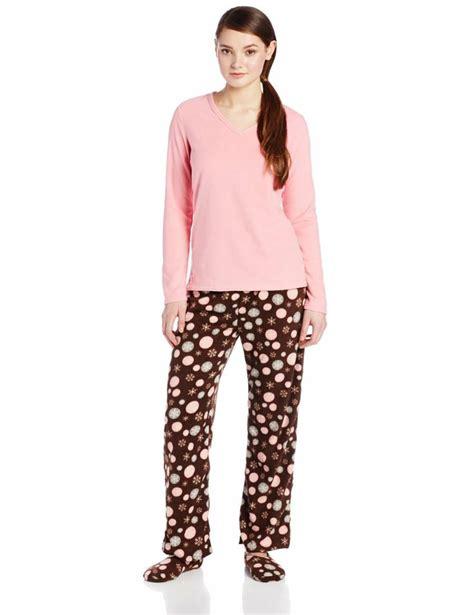 pajamas and slippers 43 curated pajamas ideas by rereroha pajama set satin