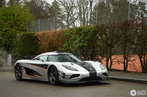 blue koenigsegg one 1 koenigsegg one 1 16 march 2017 autogespot