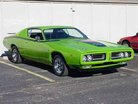 greengiant  dodge charger specs  modification info  cardomain