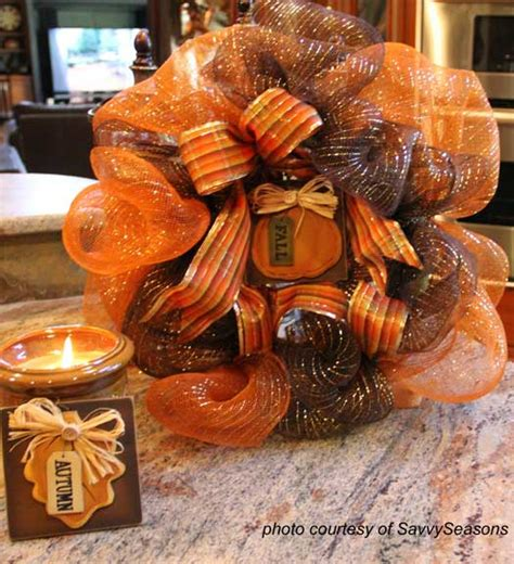 How To Make A Fall Wreaths For Front Door Fall Decorating Ideas For Your Front Porch