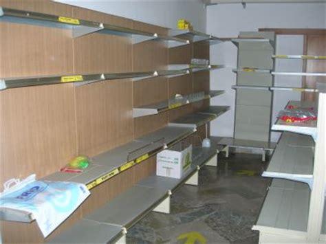 scaffali per negozi alimentari prezzi scaffalature metalliche per negozi di alimentari