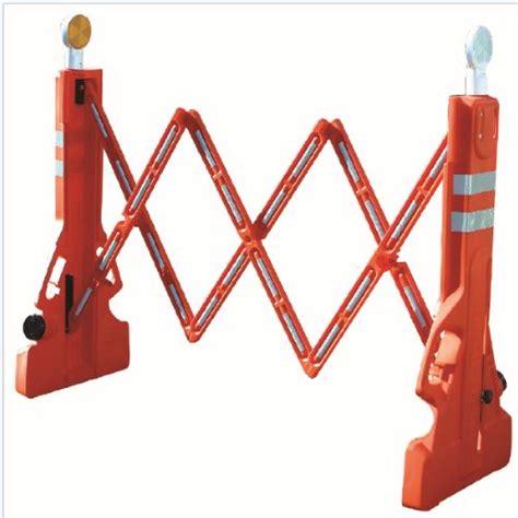 Multi Gate plastic expandable barricade folding barricades