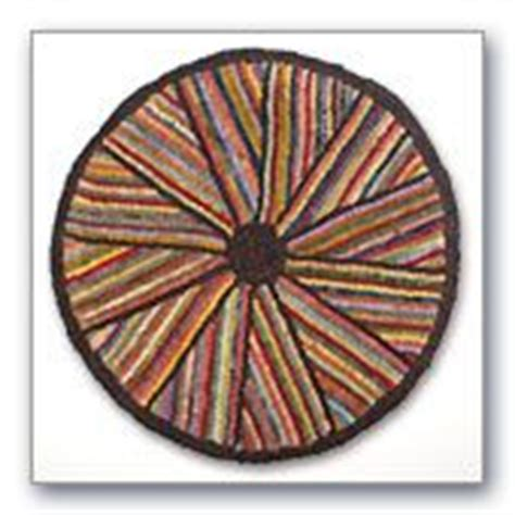 yankee peddler rug hooking 1000 images about hooked and proddy and other rugs on hooked rugs rug hooking