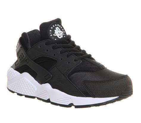 black and white patterned huaraches nike air huarache black white unisex sports