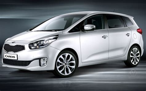 Kia Sit Seven Seat Family Cars Tested By To Keep Everyone Happy