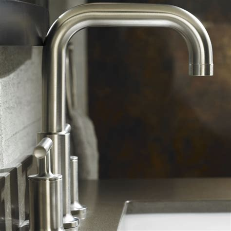 Bathtub Faucet Types by Bathroom Faucet Buying Guide