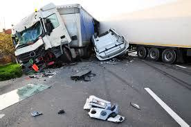 Truck Attorney San Antonio 1 by Semi Truck Drivers Texting While Driving