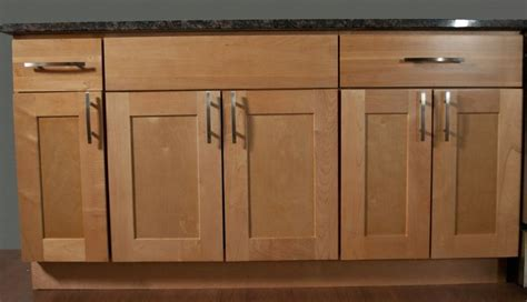 natural maple cabinets with caeserstone desert limestone kitchen cabinets shaker style maple google search for