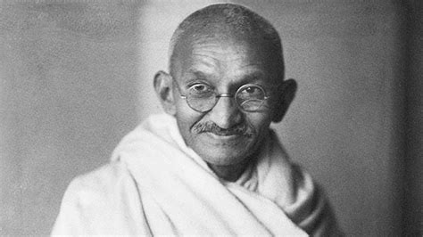 biography of mahatma gandhi wikipedia mahatma gandhi a legacy of peace biography com