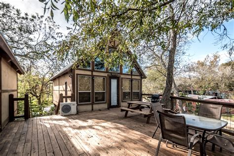 house rentals com tree house rentals in new braunfels