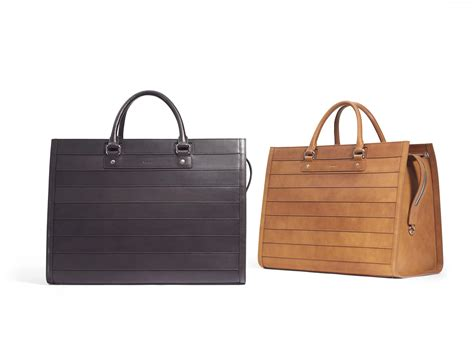 Top 10 Cruise Bags For 2008 by Travel In Style Top 10 Luxury Luggage Bags And