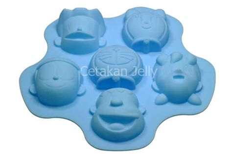 Cetakan Kue Doraemon Dan Dorami cetakan silikon puding kue doraemon nobita friends