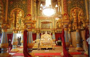 Kings Chandeliers Spend Like A King Amba Vilas Palace Mysore Palace