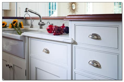 important functions of kitchen cabinet knobs
