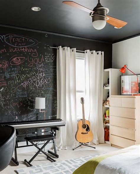how to paint a bedroom 35 bedrooms that revel in the beauty of chalkboard paint