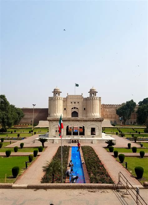 lahore fort shahi qila lahore pakistan tayonthemove