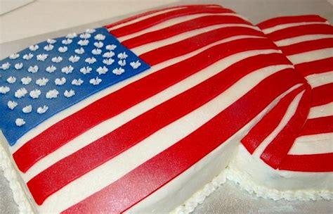 american flag draped draped usa folded flag shape cake jpg hi res 720p hd
