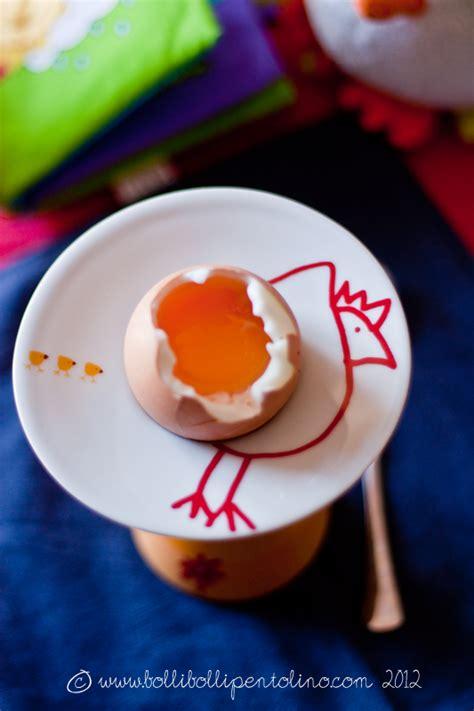 come cucinare l uovo alla coque bolli bolli pentolino come offrire l uovo durante lo