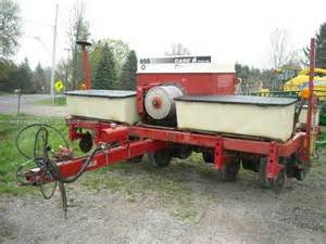 Ih Planters For Sale by 1997 Ih 955 Planter For Sale At Equipmentlocator