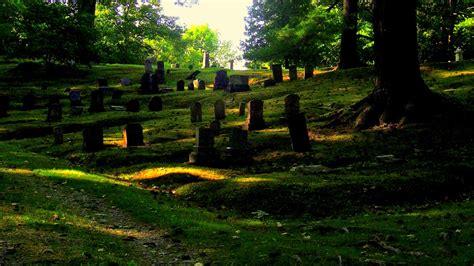 graveyard picnic mt hope cemeterybangormaine
